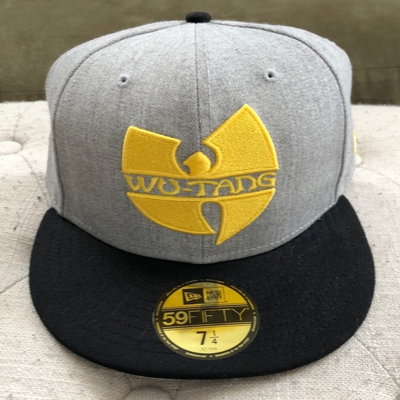 d89fcf76593 NWT Wu-Tang New Era fitted hat. Size 7 1 4
